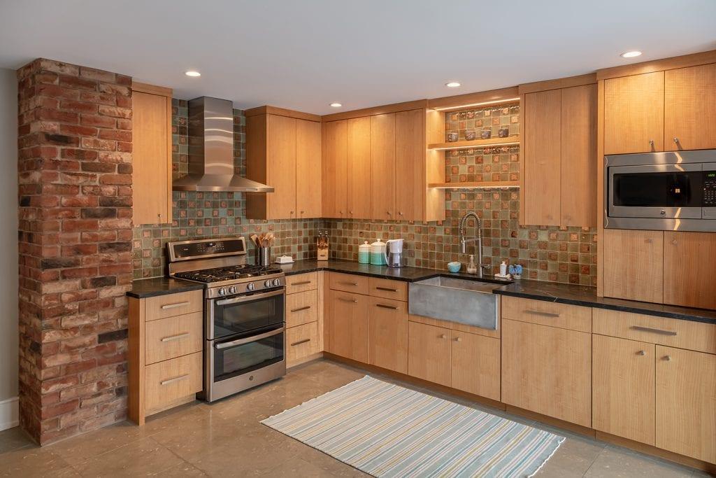 Custom Kitchen/Appliances