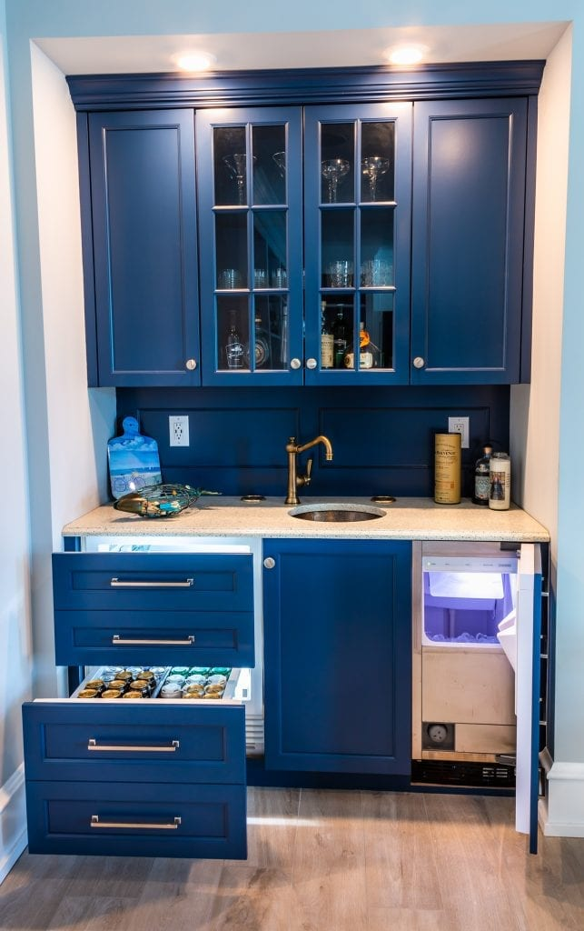 CM Small Sink - Shelves 2