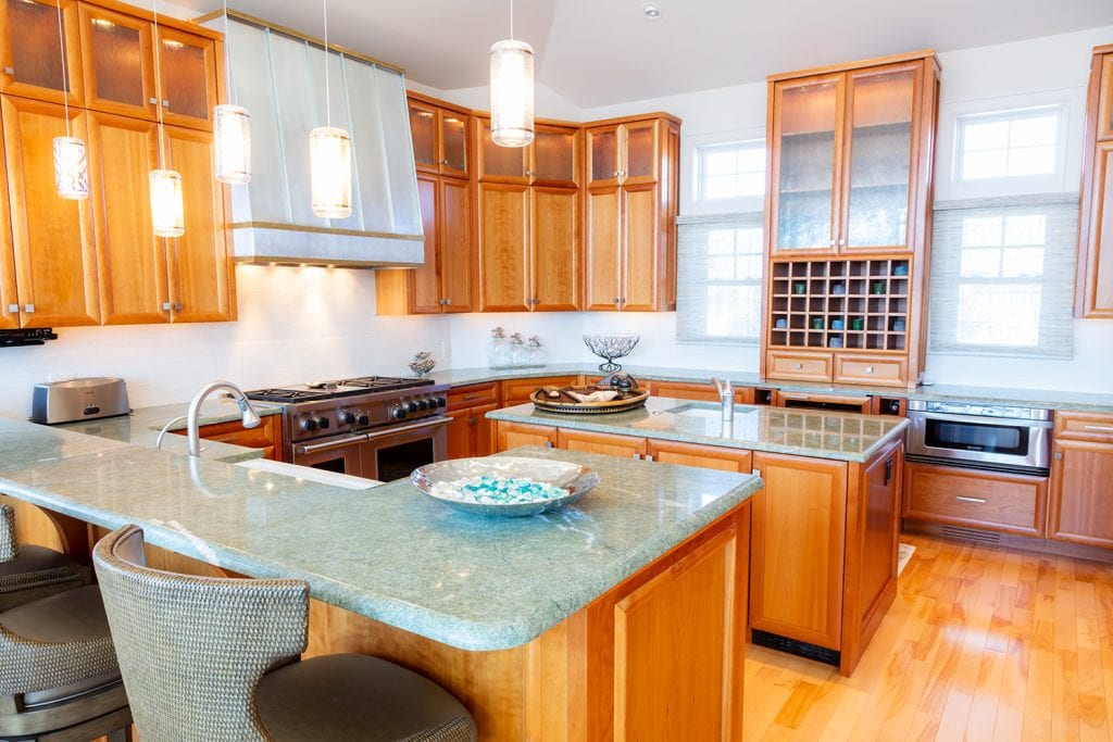 Kitchen Countertop/Lighting/Cabinetry