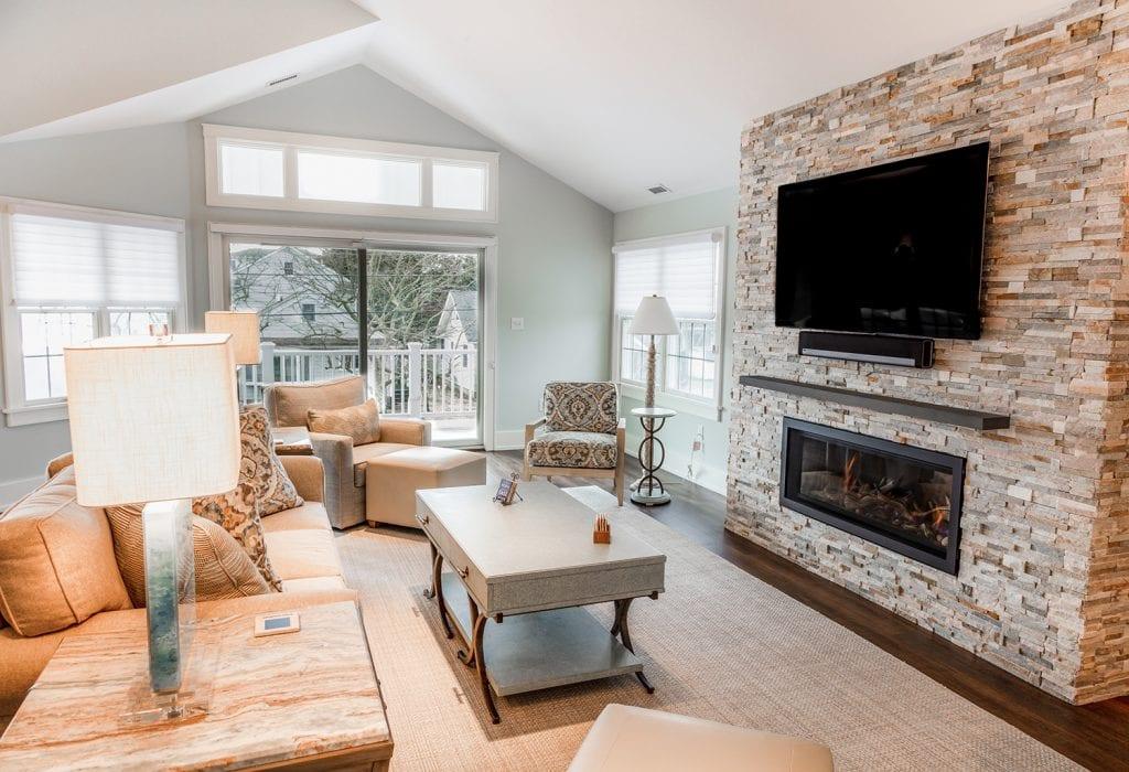 Custom Ceiling/Windows Living Room