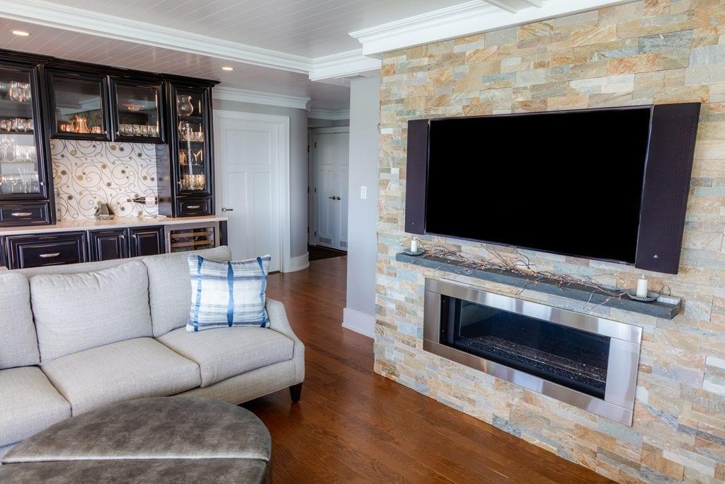 Custom Fireplace & Winebar