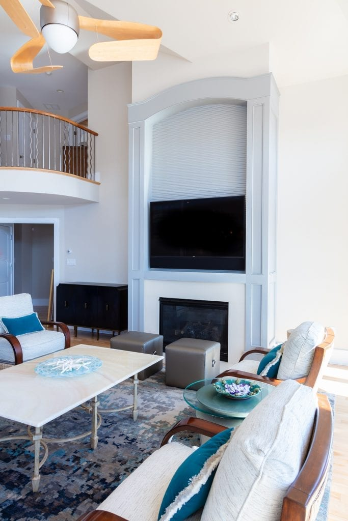 Built-in TV/Fireplace
